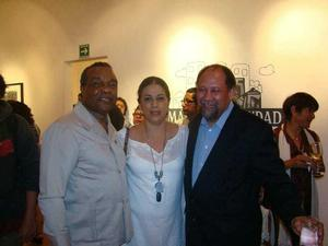 David Driskell; Karima Muyaes, Mexican artist; and Curlee Holton at opening of Driskell's person show in Oaxaca, Mexico, February 26, 2010.  Photo: courtesy Curlee Holton.
